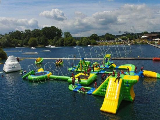 Cheap inflatable water park