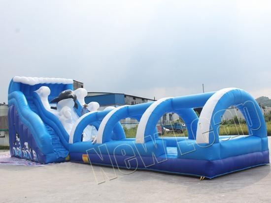Inflatable tunnel water slide