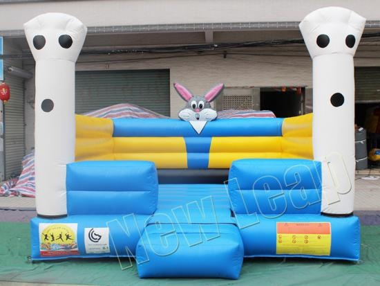 Bugs Bunny Inflatable Castle