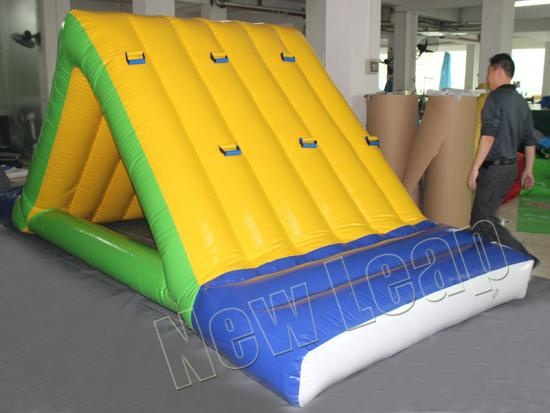 inflatable water slides for water park