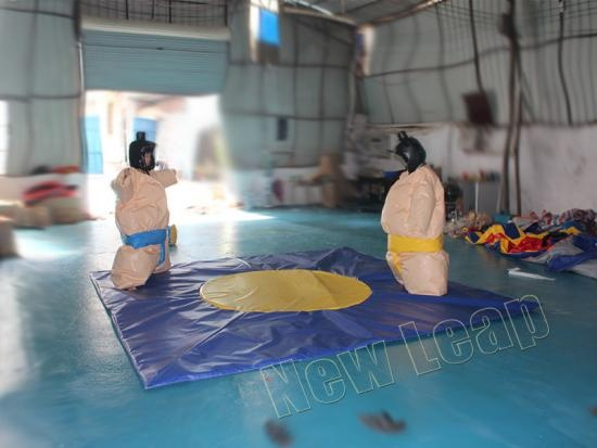 inflatable sumo wrestling mat